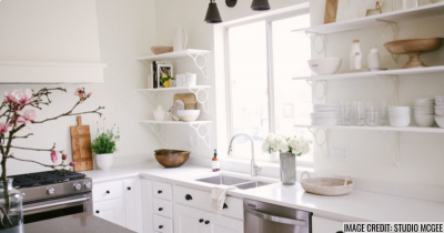 Open Shelving: Better Than Upper Cabinets? Pros Vs. Cons